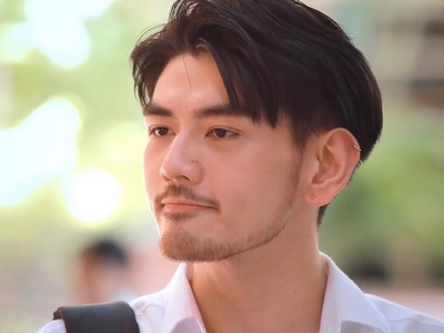 Ni's character is played by the Thai actor Mike.