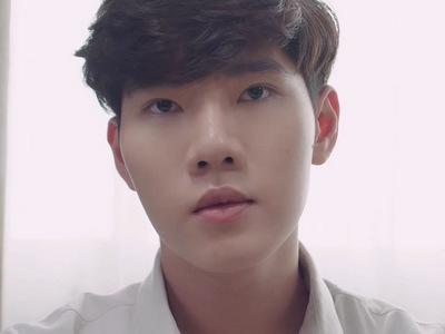 Lukmo is portrayed by the Thai actor Mix Chayut Amatayakun (ชยุต อมาตย�ุล).