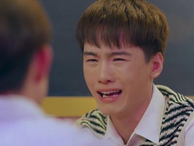 Phob cries when MaiEak won't reciprocate his feelings.