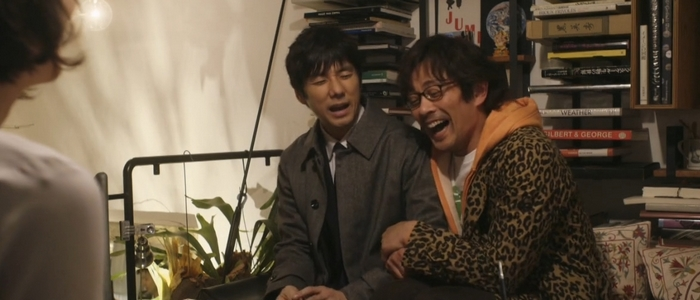 Shiro isn't always comfortable to be seen with Kenji in public.