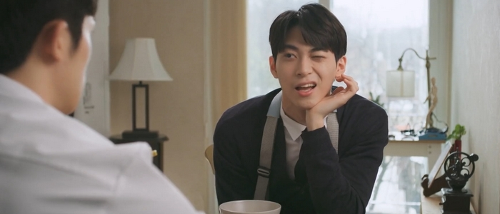 Tae Joo could be pretty charming when he wants to be.