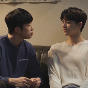 Tae Joo and Kang Gook spend practically every moment together.