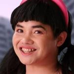 Mocha is portrayed by the actor Kasipong Ai-yarakom (คุมโทนไม่สำเร็จ).