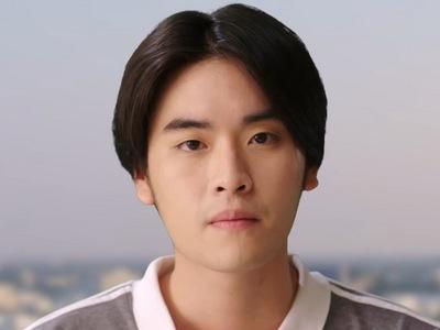 Pun is portrayed by the Thai actor Pun Lay Talay Sanguandikul (ทะเล สงวนดี�ุล).