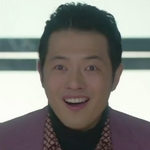 Mr. Kim is played by the actor Park Geon Rak (박건�).