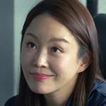 Soo Ryeon is played by the actress Lee Soo Ryun (�수련).