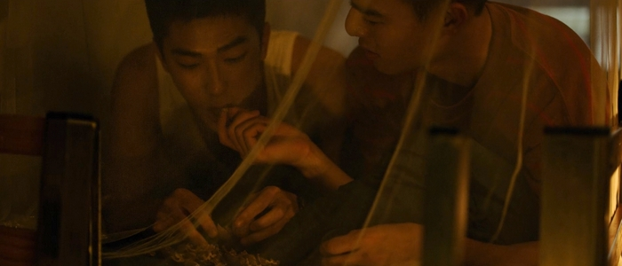 Birdy and Jia Han share walnuts together in bed.